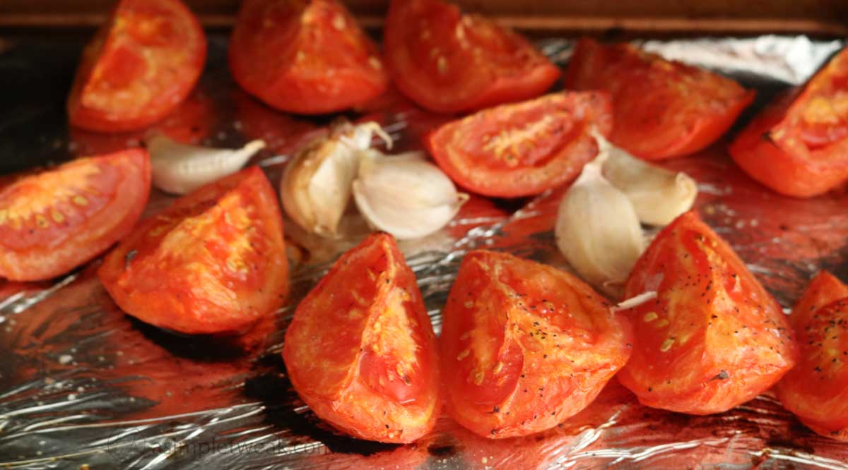 Roasted-tomatoes-and-garlic