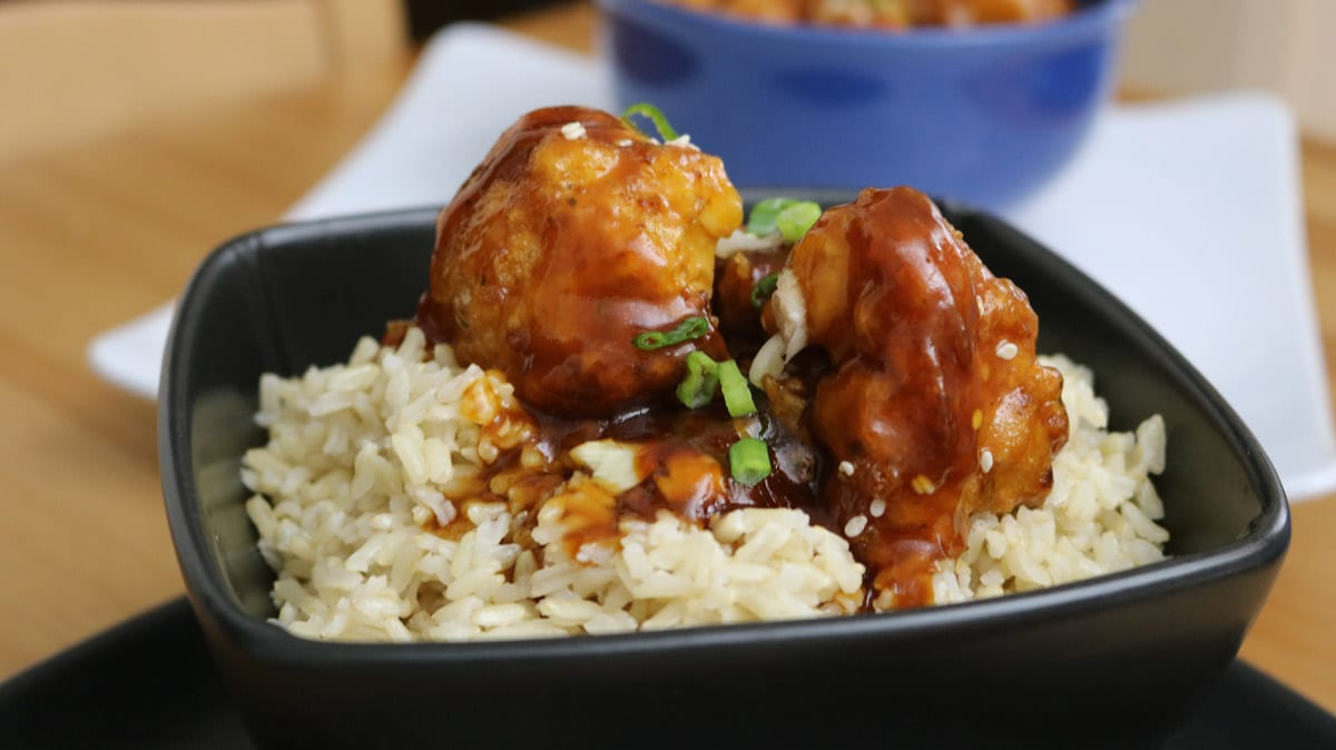General-T'so-Cauliflower-over-Rice.-A-delicious-chickenless-take-out-version-just-for-you-by-asimpletweak
