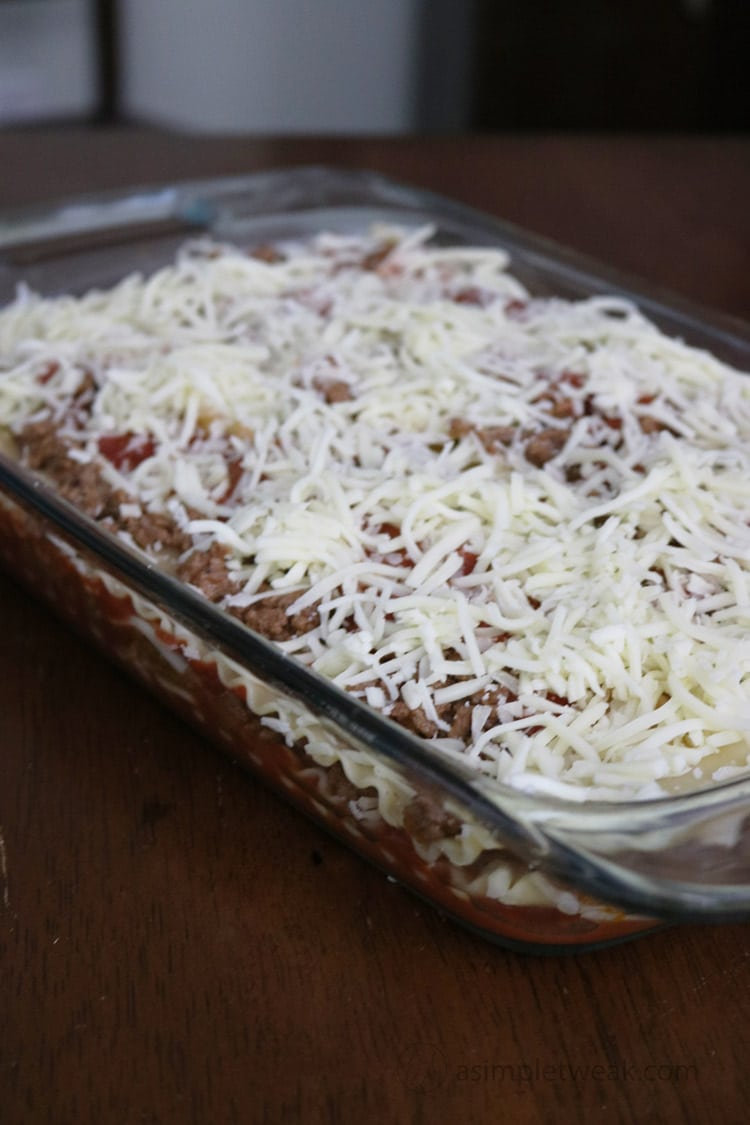 Cover-the-lasagna-and-bake-in-the-oven