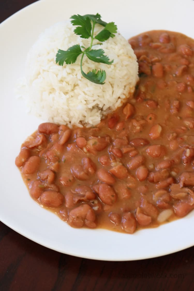These-pinto-beans-are-creamy-and-flavorful.-They-taste-like-they-were-cooked-for-hours,-but-the-good-news-is-that-in-just-30-minutes-you-will-be-enjoying-the-best-pinto-beans-ever