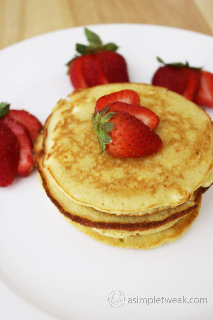 These-low-carb-pancakes-that-taste-delicious.-These-are-quick-to-make-and-even-quicker-to-make-disappear