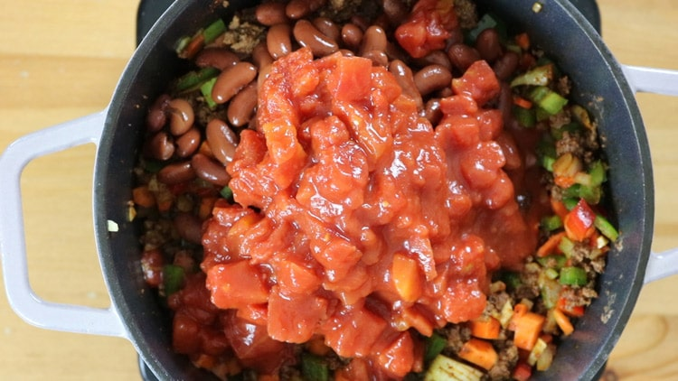 add-the-beans,-tomatoes-and-tomato-paste