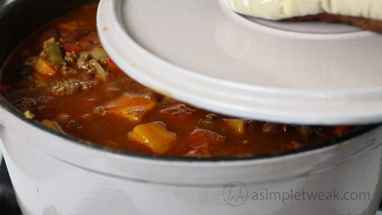 cover-the-pot-of-chili