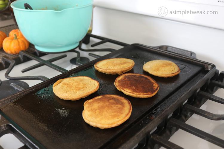 Pumpkin-Pancakes-for-breakfast