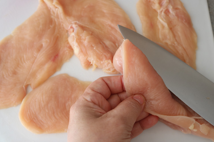 Thin-cuts-of-chicken-breast